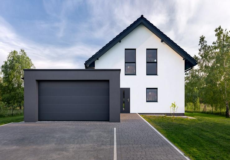+++ Moderner - projektierter - Neubau !