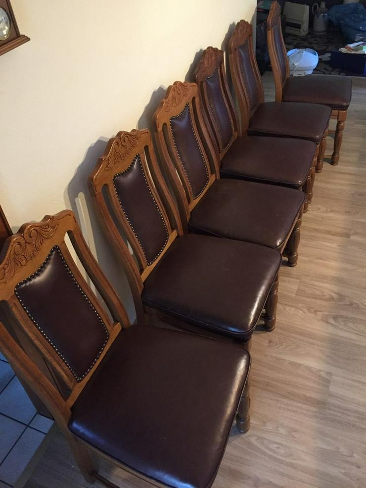 6 hochwertige Eichenstühle, mit Ledersitzfläche - Stühle & Sitzbänke - Bild 1