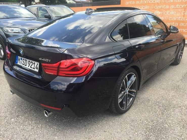 Bild 6: BMW 440 Gran Coupe M Sportpaket Individual Kamera