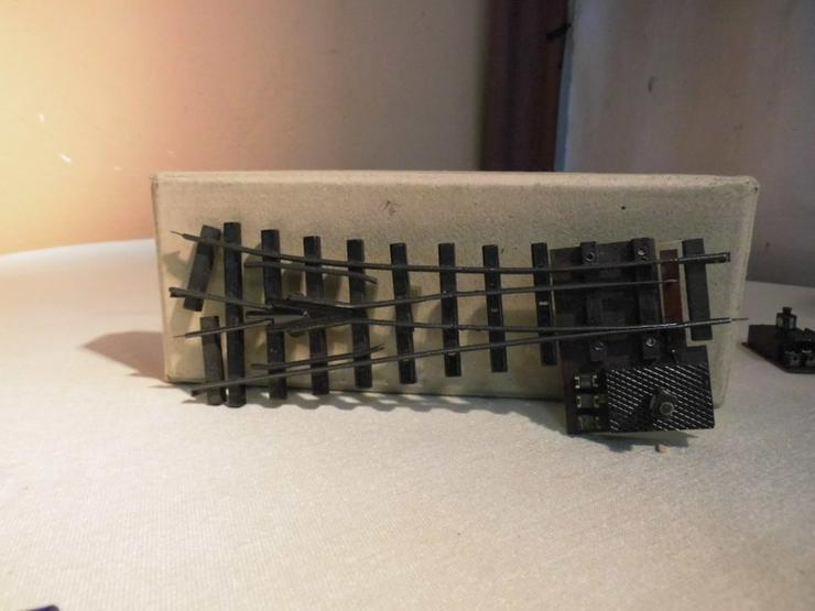 Bild 2: 2 alte Weichen Modellbahn Spur H0 / rechts + l