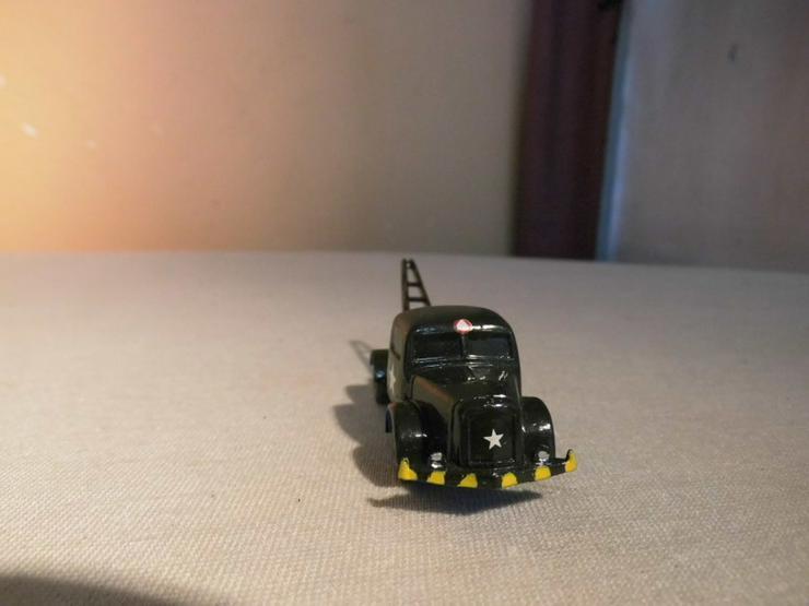 Bild 2: LKW Modell Maßstab 1:87 für Modellbahnanlage H