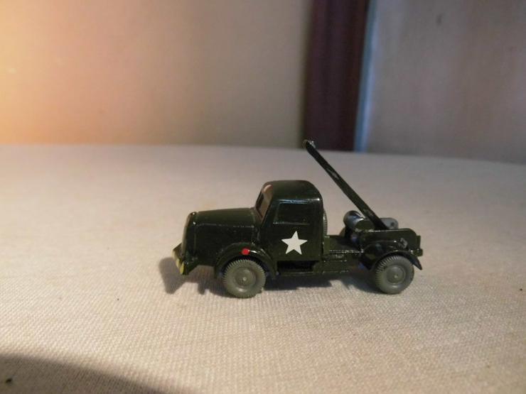 Bild 4: LKW Modell Maßstab 1:87 für Modellbahnanlage H