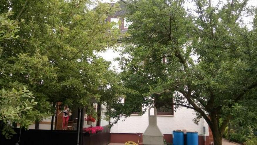 Bild 2: Modernisierte Stadtvilla ! 3-Familienhaus ! Schönes Grundstück