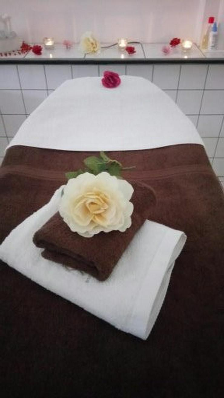 Massage-Kosmetik-Haare-Nägel in Frankfurt!