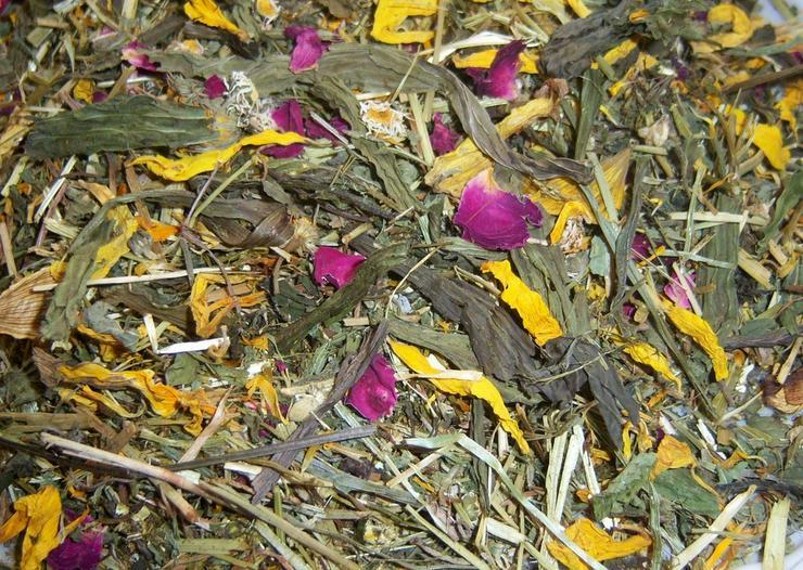 Blüten- Blätter- Kräutermischungen und mehr - Heu, Späne & Futter - Bild 1