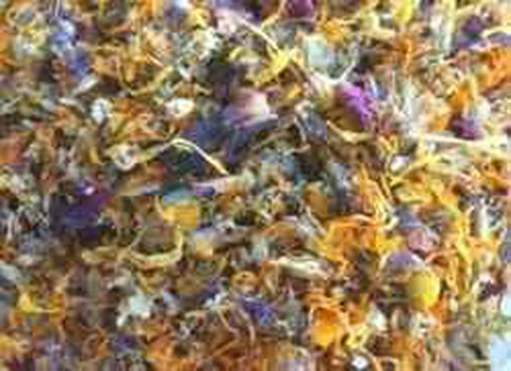Bild 3: Blüten- Blätter- Kräutermischungen und mehr