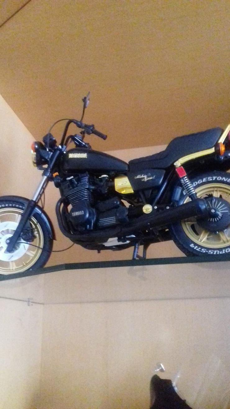 Bild 5: Modelmotorräder  zusammengebaut