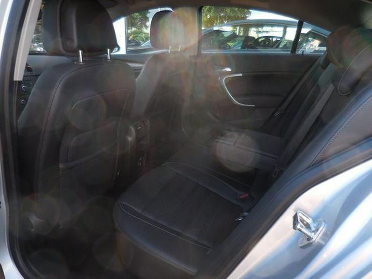 Bild 6: OPEL Insignia 2.8 Turbo 4x4 Aut NAVI Leder Xen 18Alus