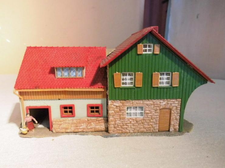 Bild 2: Bäuerliches Anwesen alpin Modellbahn Spur H0 u