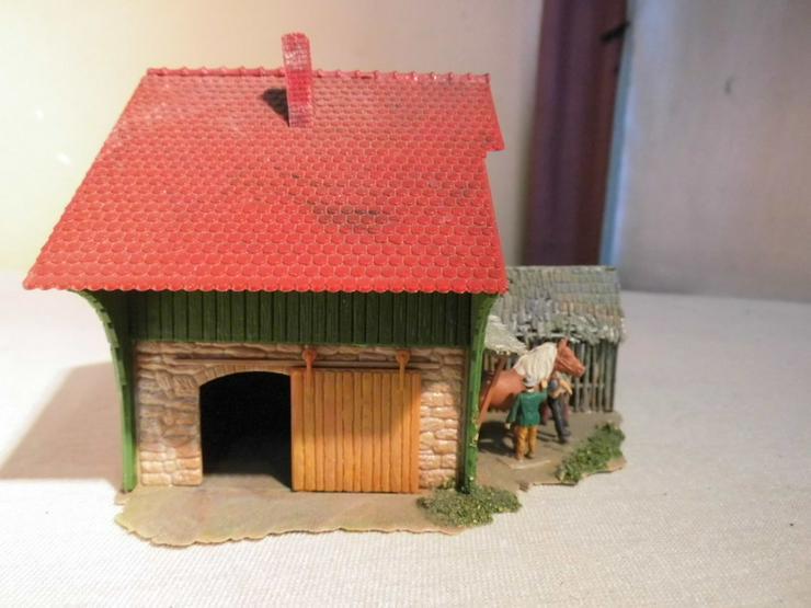 Bild 4: Bäuerliches Anwesen alpin Modellbahn Spur H0 u