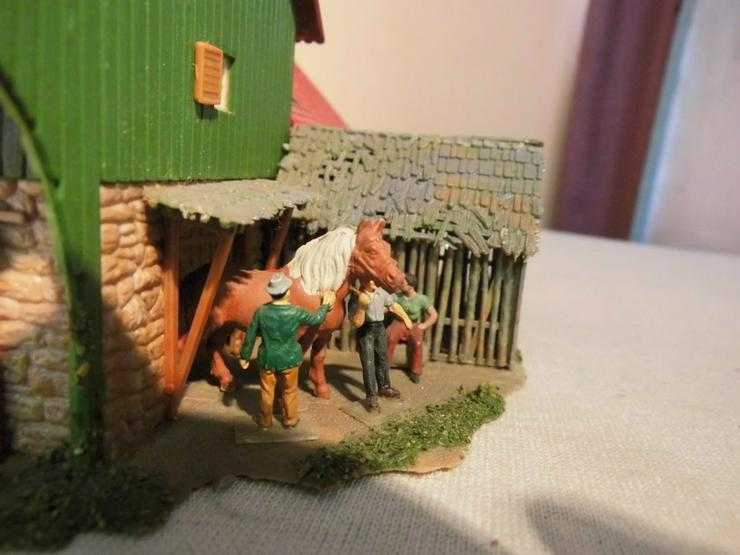 Bild 5: Bäuerliches Anwesen alpin Modellbahn Spur H0 u