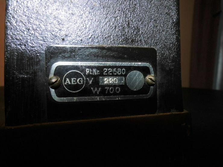 Bild 6: Antikes AEG Bügeleisen Pl. Nr. 22680 / Gusseis