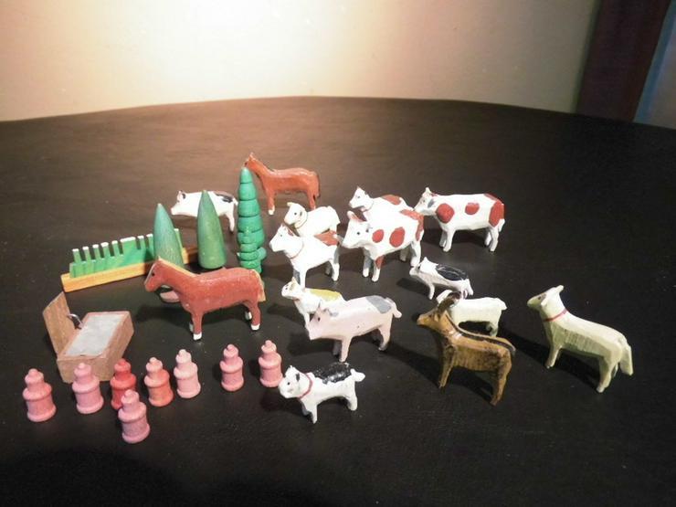 29teiliges Konvolut Holzspielzeug, z.B. Tiere, - Spielwaren - Bild 1
