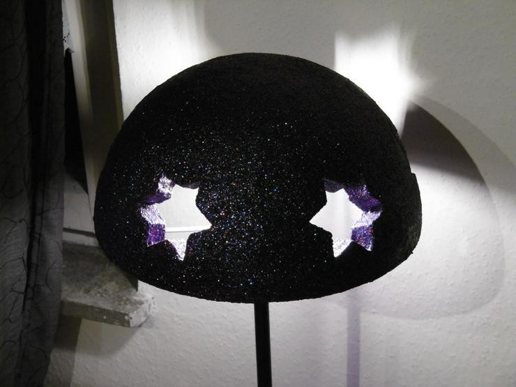 Bild 2: Tischlampe mit Sternenmuster,Unikat