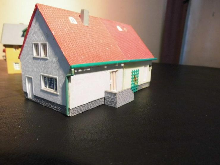 Bild 3: 5teiliges Konvolut Häuser für Modelleisenbahn