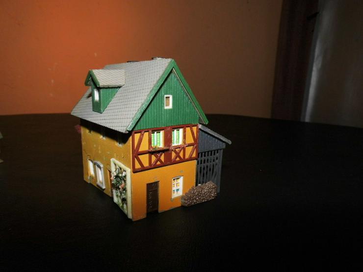Bild 6: 5teiliges Konvolut Häuser für Modelleisenbahn