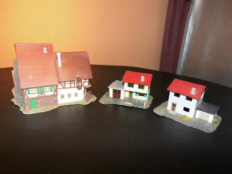 3 Häuser Modellbahn Spur TT / Bürgerhaus + 2 E - Bild 1