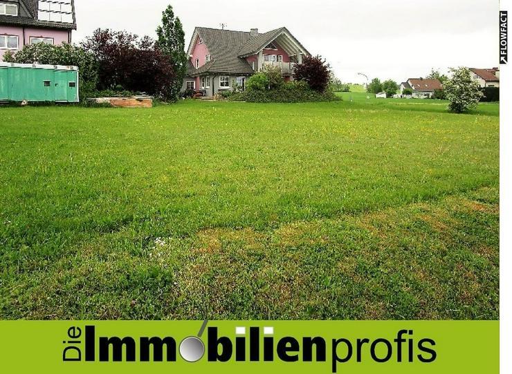 35 Euro pro m²: Attraktives Baugrundstück in Issigau