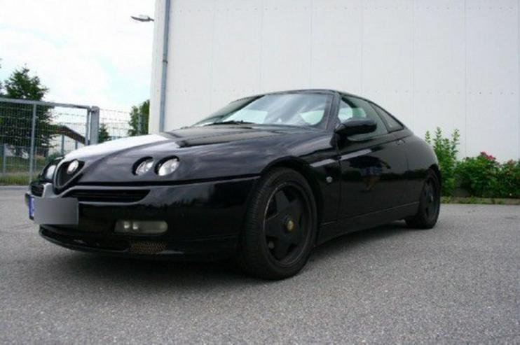 Bild 2: Alfa Romeo GTV 2,0 V6