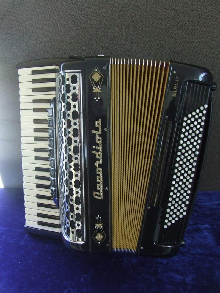 Akkordeon Accordiola Sarlat Musette/Cassotto 1
