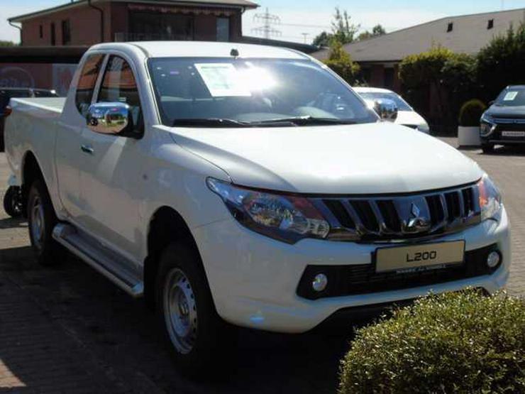 Bild 2: MITSUBISHI L 200 LPick Up 4x4 S&S Club Cab Basis