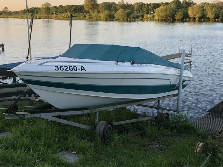 Sportboot LARSON 146PS inkl. Trailer