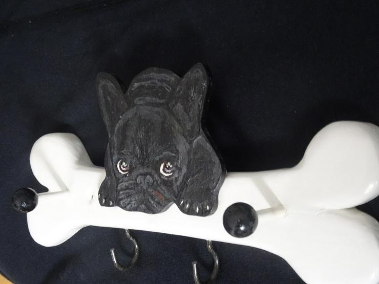 Bild 3: Leinengarderobe/Französische Bulldogge /Gemalt