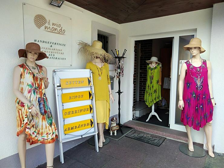 Tausche Modeschmuck gegen Schaufensterpuppe