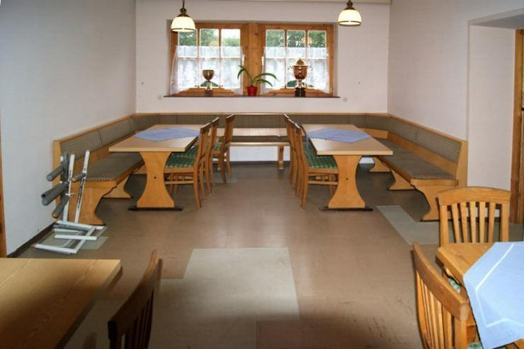 Bild 3: Schlossgaststätte - voll ausgestattet