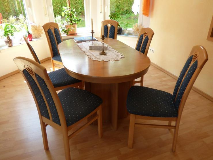 Esstisch buche mit 4 Einlagepletten + 6 Stühlen - Kompletteinrichtungen & Essgruppen - Bild 1