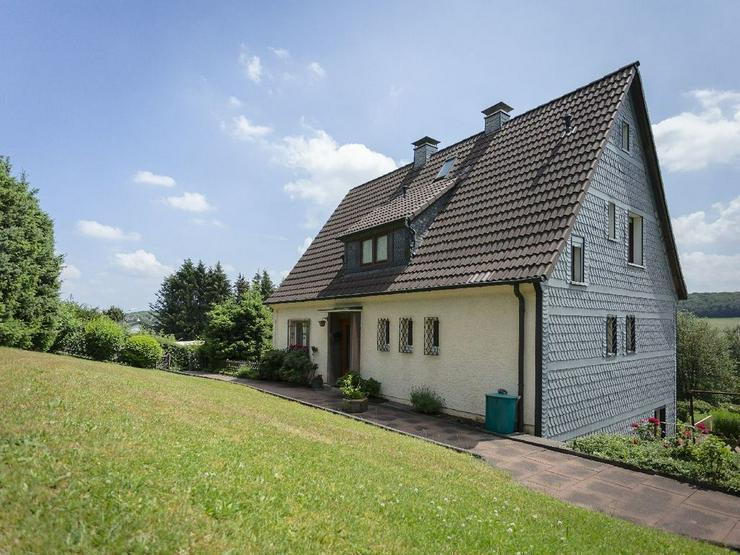 Bild 6: Familientraum mit bester Aussicht: Freistehendes Einfamilienhaus in toller Lage