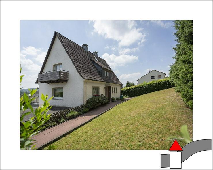 Familientraum mit bester Aussicht: Freistehendes Einfamilienhaus in toller Lage - Haus kaufen - Bild 1