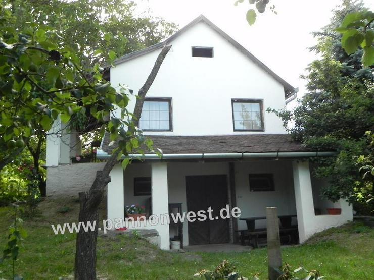 Bild 5: Weinberghaus mit Panoramablick in Ungarn im Ort Balatonkeresztur