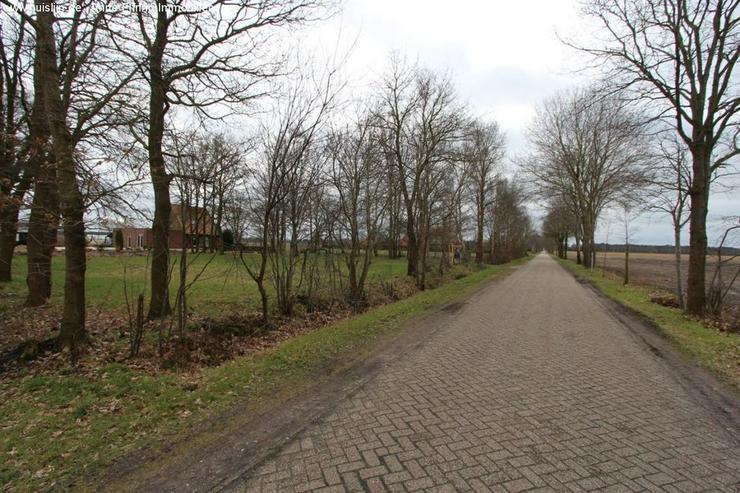Bild 2: Niedliches Einfamilienhaus in Traumlage von Emlichheim