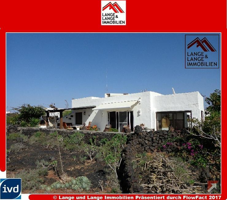 Lanzarote - Tahiche - Villa am Lavastrom mit Extraapartment im Inneren der Insel - Spanien... - Auslandsimmobilien - Bild 1