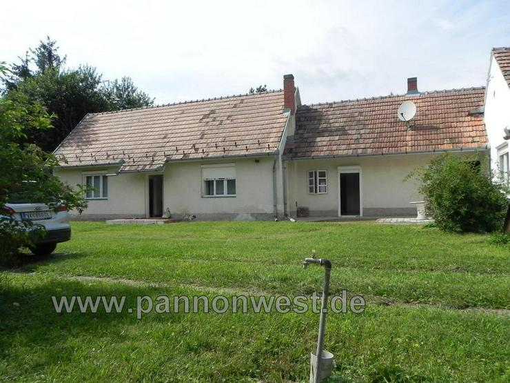 Ein gemütliches Landhaus mit zwei Wohneinheiten - Haus kaufen - Bild 1