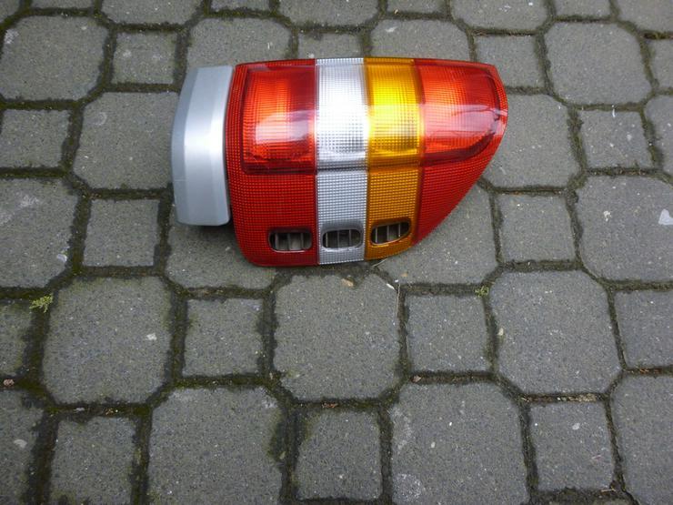 Bild 2: Opel Schlußleuschten