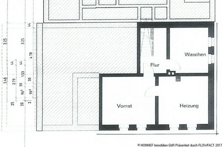 Bild 6: Wohnhaus mit Gewerberäumen