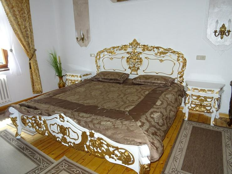 Antik /Doppelbett in Barock inkl 2 Nachttische