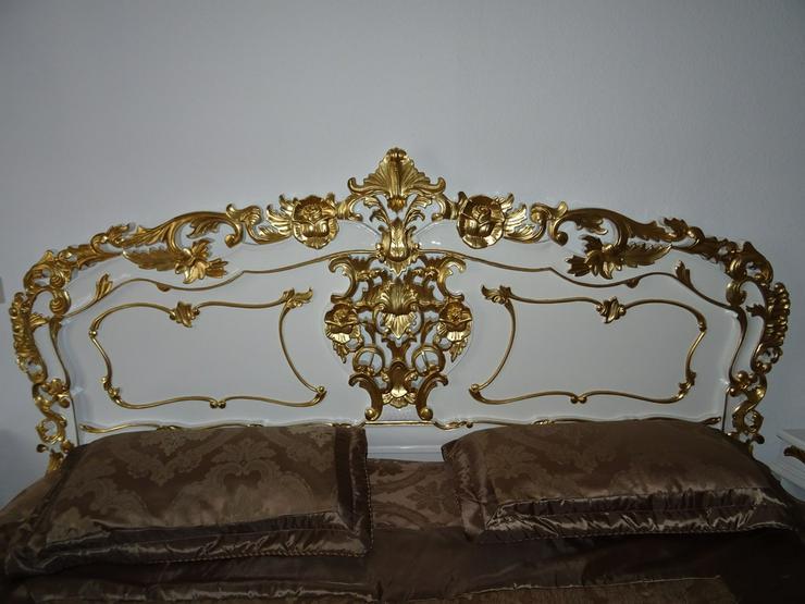 Bild 2: Antik /Doppelbett in Barock inkl 2 Nachttische