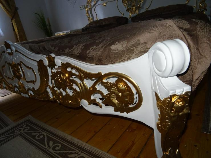 Bild 3: Antik /Doppelbett in Barock inkl 2 Nachttische