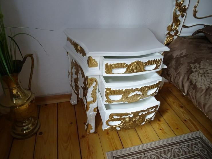 Bild 5: Antik /Doppelbett in Barock inkl 2 Nachttische