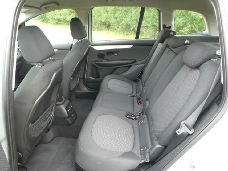 Bild 6: BMW 216 Gran Tourer Advantage Klimaaut. PDC Sitzhzg. Vorn NSW MF Lenkrad