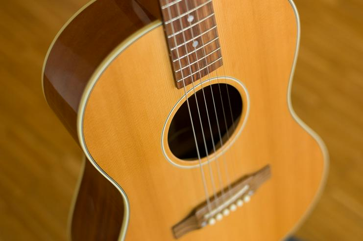 Gibson LG-2 American Eagle - Gitarren (akustisch) - Bild 1