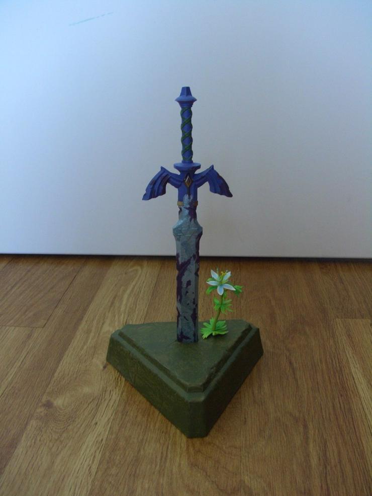 Master Sword Of Resurrection - Statue