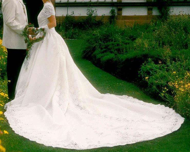 Bild 6: Romantisches Brautkleid, creme, Gr. 36