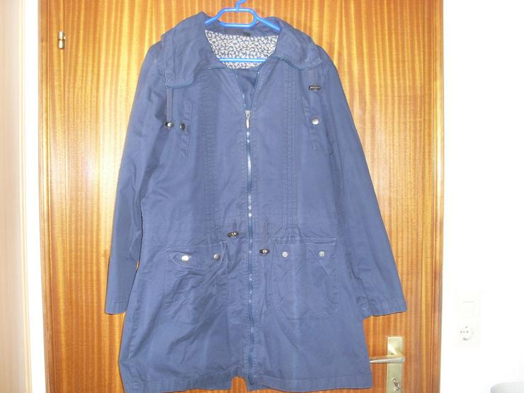 Damen Jacke blau m. Kapuze Gr. 42