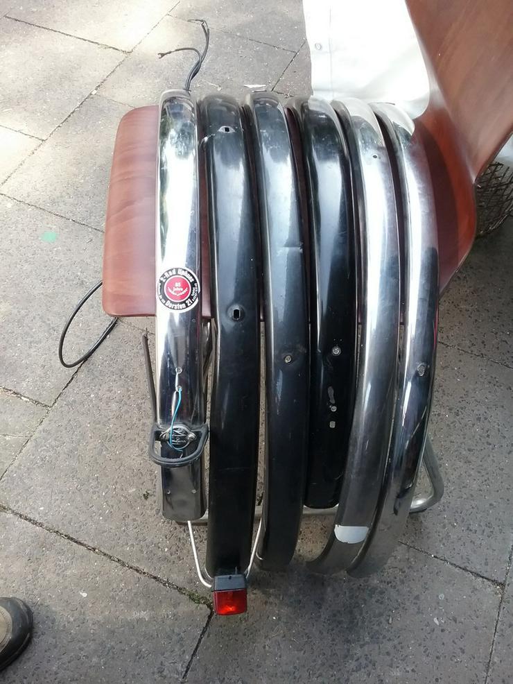 Bild 2: Fahrradteile