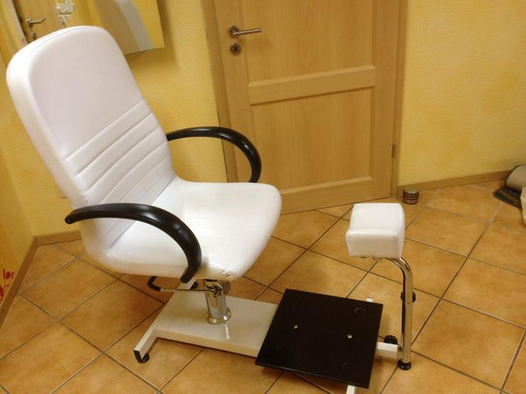 Gebrauchter Fußpflegestuhl
