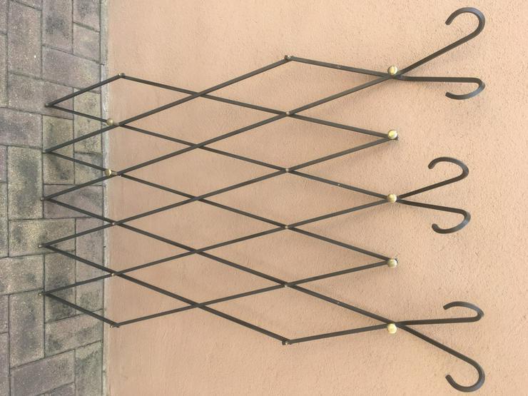 Eisengarderobe handgearbeitet, ausziehbar